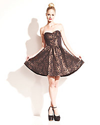 Betsey Johnson Apparel, für Sie & Kinder - Fashion News 2013