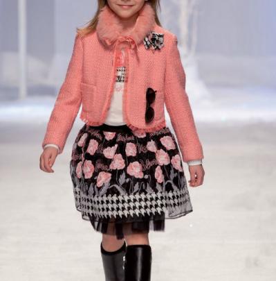 """Blumarine, lastele - moeuudised """"Miss Blumarine"""" sügis / talv 2013/14"""