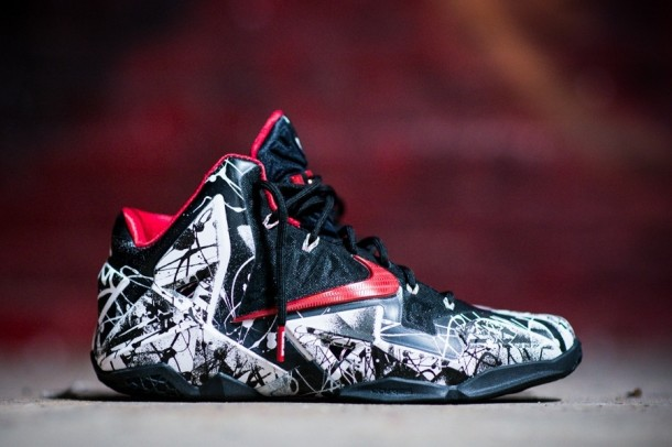 "Die besten Sneaker RELEASES 2014 - Nike LeBron 11 ""Graffiti"""
