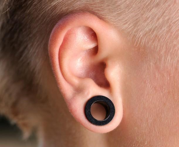 Bodymodification | Tutorial: Wie man sich die Ohren richtig dehnt - Teil 1