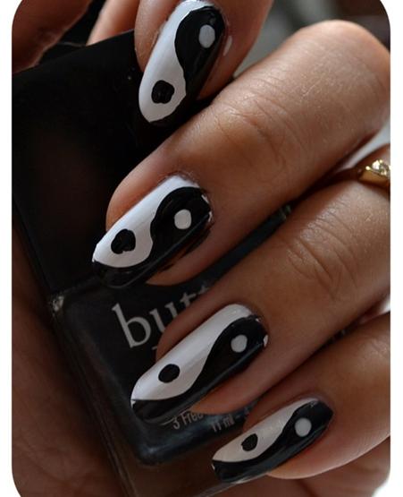 Manicure Monday | NAIL TUTORIAL #Yin & Yang