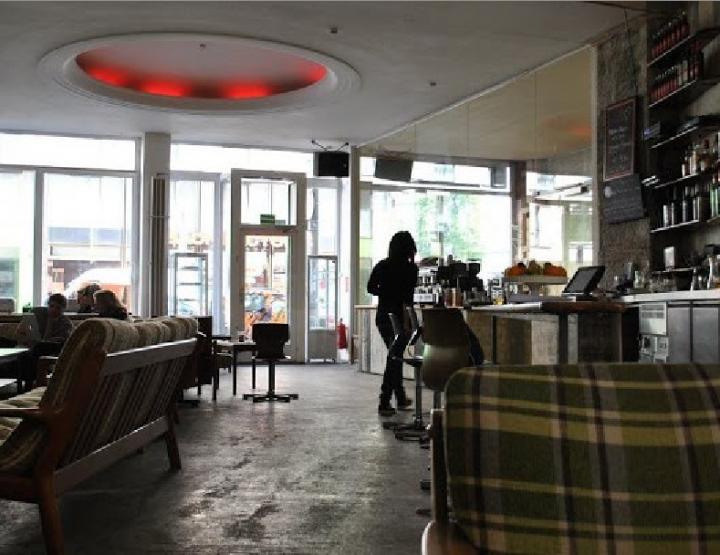 """Bar- und Restauranttipp Berlin   Bar und Lounge """"Mein Haus am See"""""""