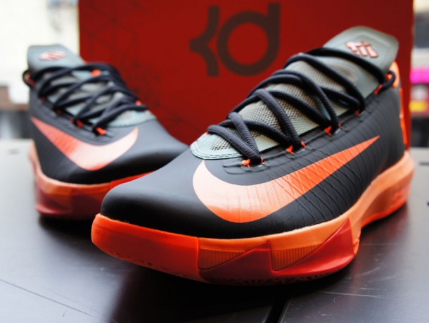Die swaggesten Basketball-Kick RELEASES - Nike KD 6 Anthracite / Total Orange