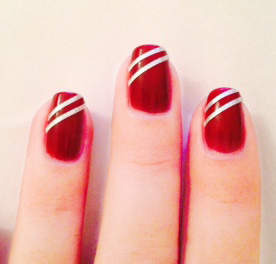 Styling- und Beauty-Tipp Berlin |Tutorial für Nagellack Strips in Rot