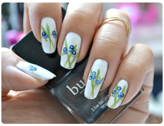 Manicure Monday | NAIL TUTORIAL #Blueberries