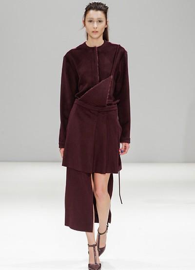 Shanghai Fashion Week April 2014 präsentiert – Yifang Wan, für Sie - HW14/15 - NEUES LABEL!