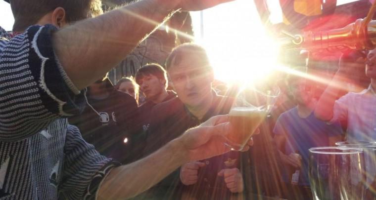 Veranstaltungstipp Berlin   Craft Beer Fest 30. - 31. Mai 2014 @ RAW Gelände
