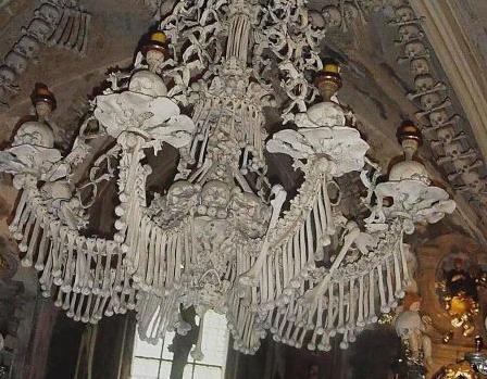 "Urban Exploring | Places to be: Sedletz-Ossarium ""Die Knochenkirche"""