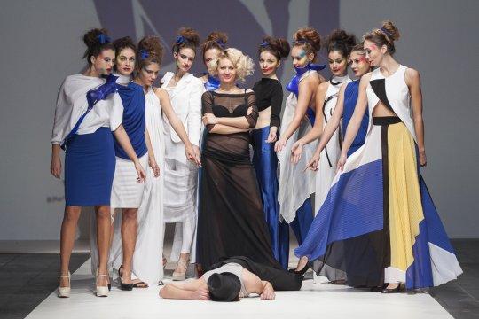 Dreft Fashion Week Zagreb Mai 2014 präsentiert – Zjena Glamocanin, für Sie F/S14