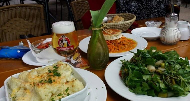 Tip Berlin: Bars & Restaurants - Lindengarten in Wedding