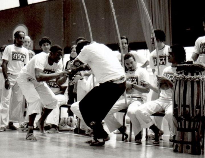 Capoeira: Der tänzelnde Kampfstil