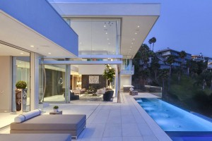 Luxurious-Hollywood-Mansion-Oriole-Way-McClean-Design-1