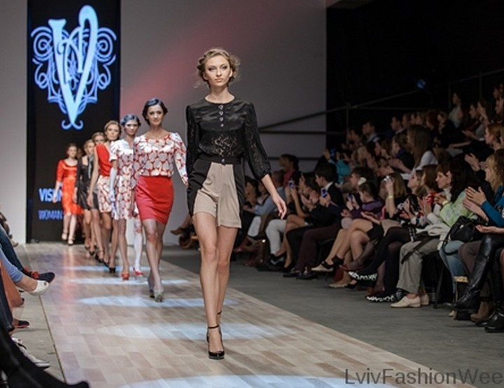 Fashion Week Lviv Mai 2014 präsentiert - Amina Vishnevskaya, für Sie FS14