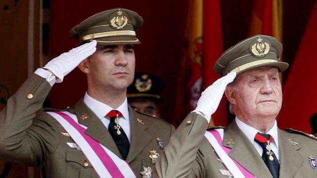 NEWS: Der spanische König dankt ab!