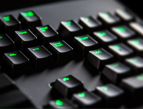 HOT or NOT Gaming Special | Razer BlackWidow Ultimate 2014 Review - Der Messiah unter den Tastaturen?