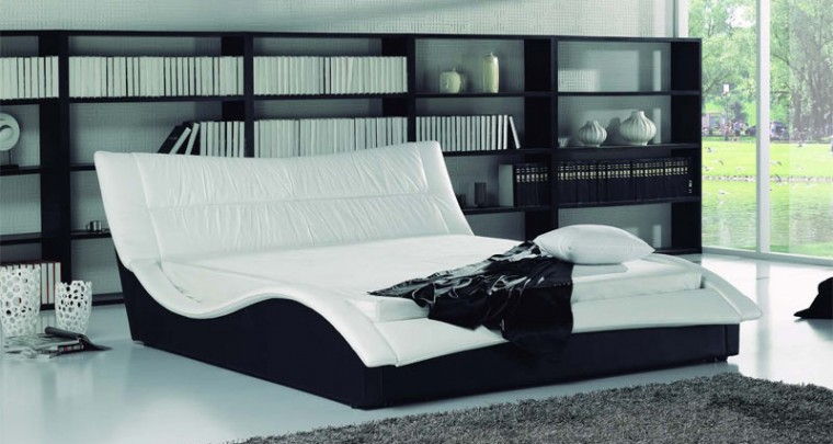 "Décor tip: Elegant water bed ""Rialto"""