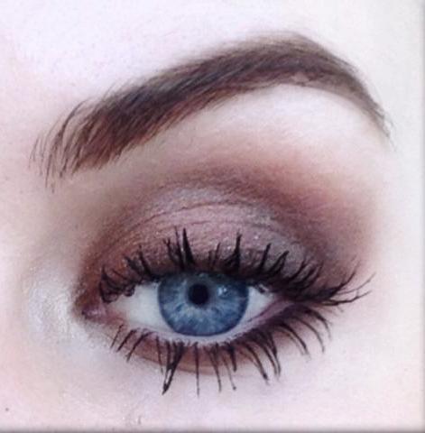 Styling- und Beauty-Tipp Berlin | Augen-Make-up in Erdtönen