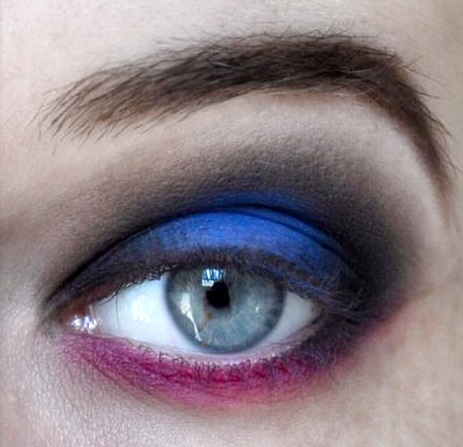 Styling- und Beauty-Tipp Berlin | Blue & Pink Party Look