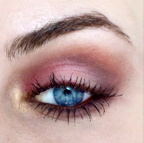 Styling- und Beauty-Tipp Berlin | Cranberry Smokey Eye