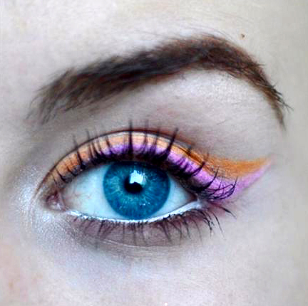 Styling- und Beauty-Tipp Berlin | Zweifarbiger Eyeliner in Pink & Orange