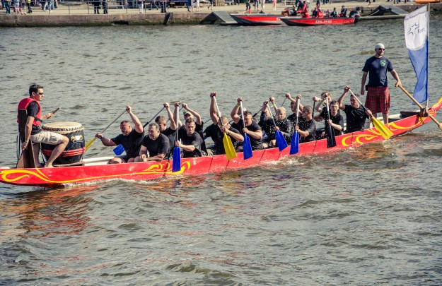 Events in Frankfurt on the Main: Dragonboat Race on the Main