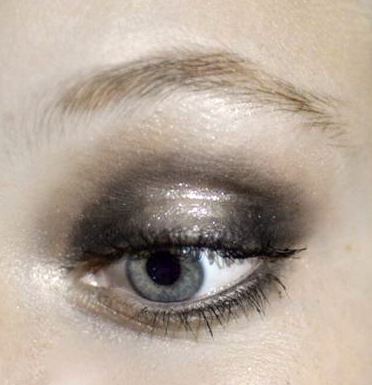 Styling- und Beauty-Tipp Berlin | Silver Glitter Clubbing Make-up