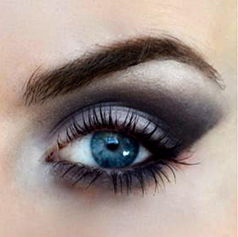 Styling- und Beauty-Tipp Berlin | Blau-Grauer Smokey Eye Look