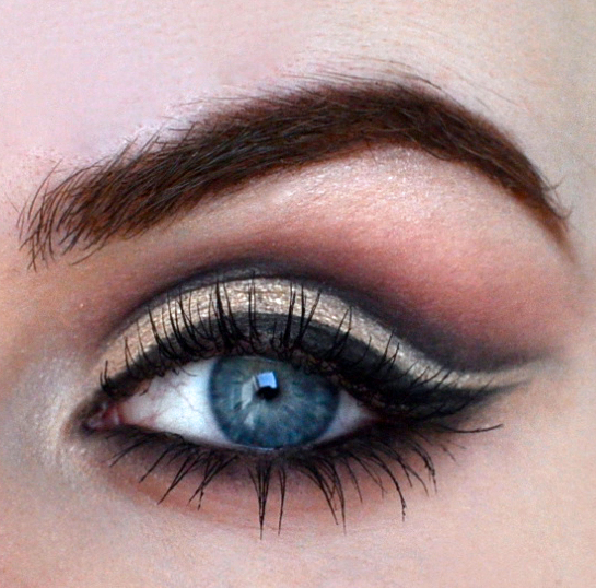 Styling- und Beauty-Tipp Berlin | Black & Gold Cut Crease