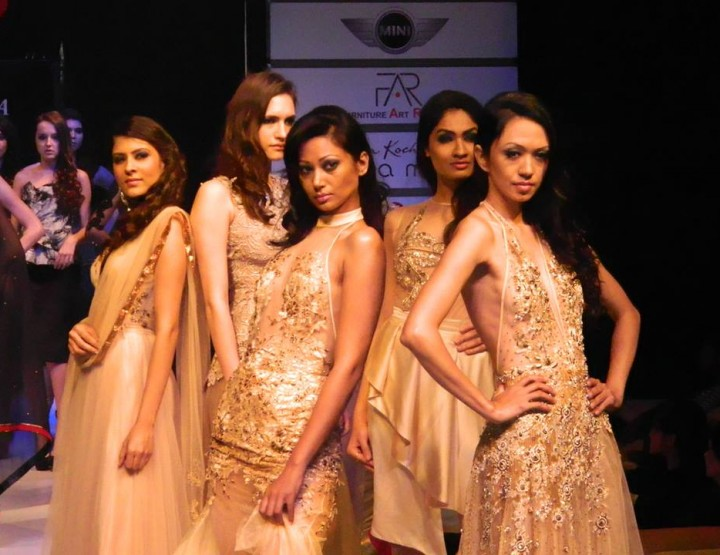 Couture Fashion Week New York September 2014 präsentiert – Amritraj Bora, für Sie