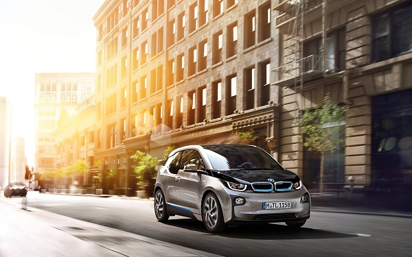 BMW i3 - Electric and Electrifying