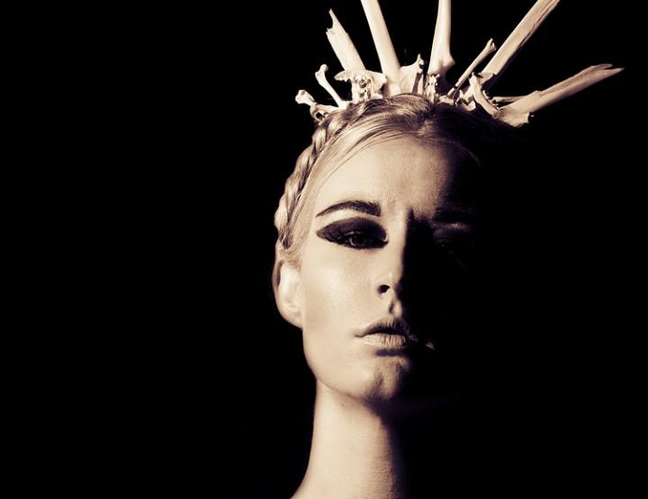 Nolcha Fashion Week New York September 2014 präsentiert – Monstruosité Hüte, für Sie