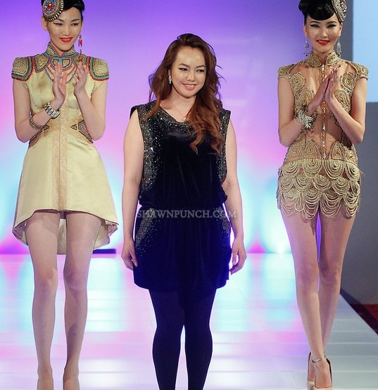 Couture Fashion Week New York September 2014 präsentiert – Otgoo Couture, für Sie