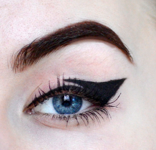 Styling- und Beauty-Tipp Berlin | Twisted Eyeliner
