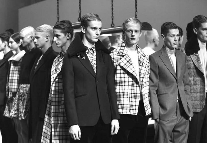 Paris Fashion Week, September/Oktober 2014 präsentiert – Carven, für Sie & Ihn - HW 14/15