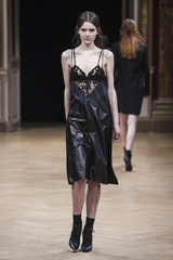 Sharon Wauchob fashion show in Paris, Ready to Wear Fall Winter 2014 collection
