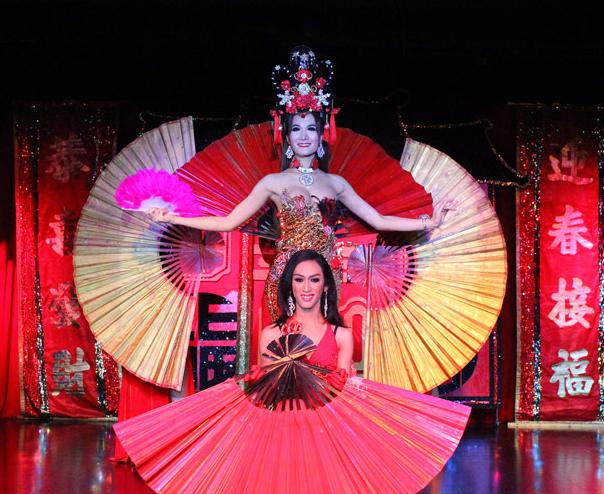 Friday ChitChat | Thailands drittes Geschlecht Teil 4: Stars im Rampenlicht: Das Cabaret als Paradies?