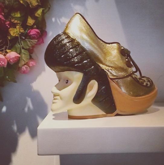 London Easy Going: Kurz, kürzer, Londons Röcke - Mode unter der Krone