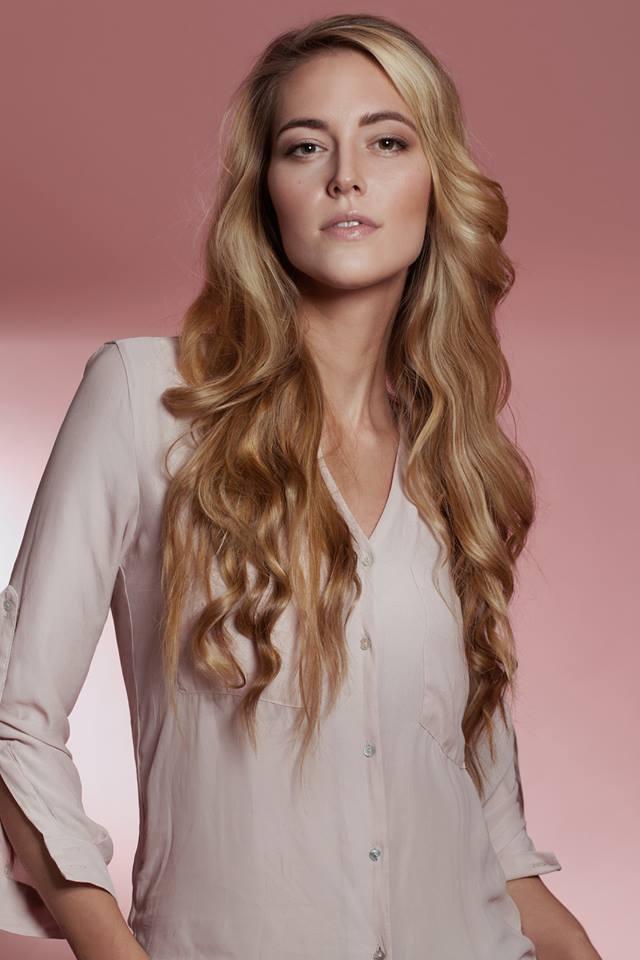 Hair & Make-up: Gülcan Dimirci