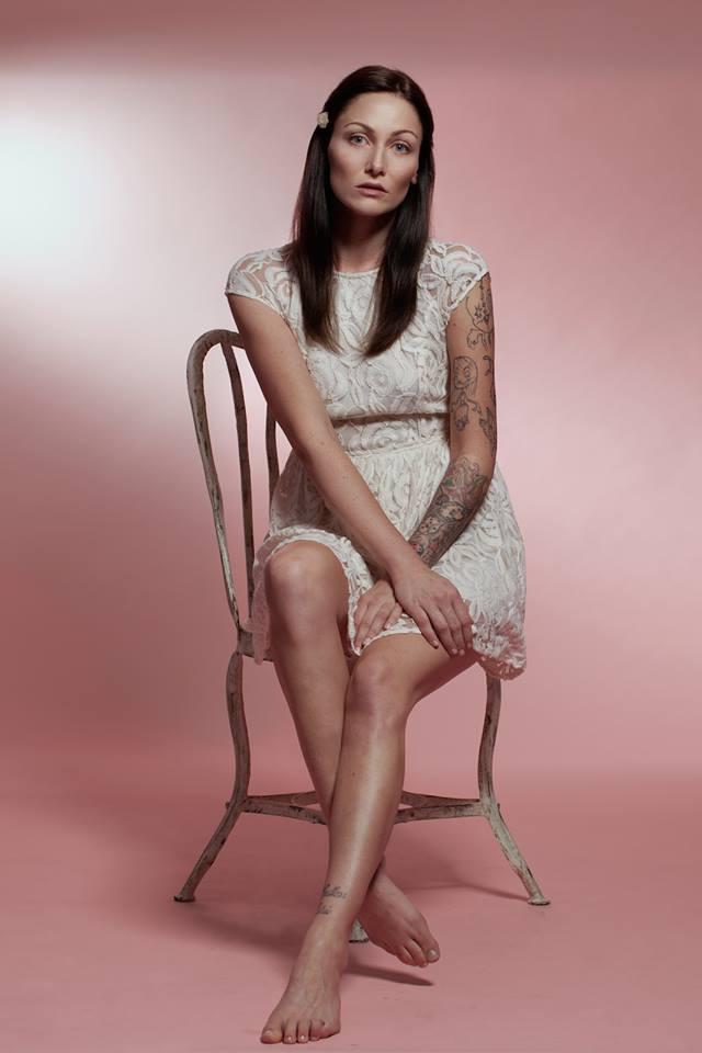 Hair & Make-up: Victoria Heidrich