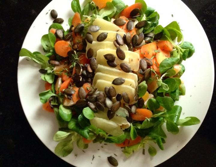 Gesunder Lebensstil – Salat der Woche: Clementinen-Feldsalat mit Hartkäse