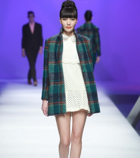 Mercedes-Benz China Fashion Week Oktober/November 2014 präsentiert – Viscap, für Sie & Ihn