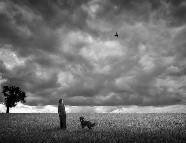 Keskendumine kunstnikule: Holger Droste - mustvalge fotograafia tumeda hingega
