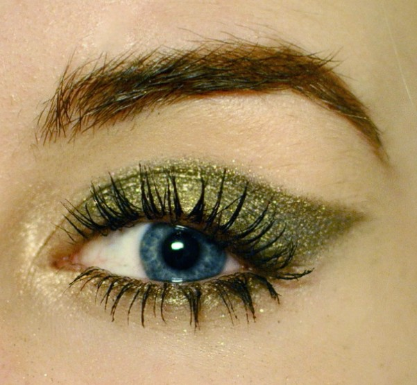 Styling- und Beauty-Tipp Berlin | Green Metallic Look