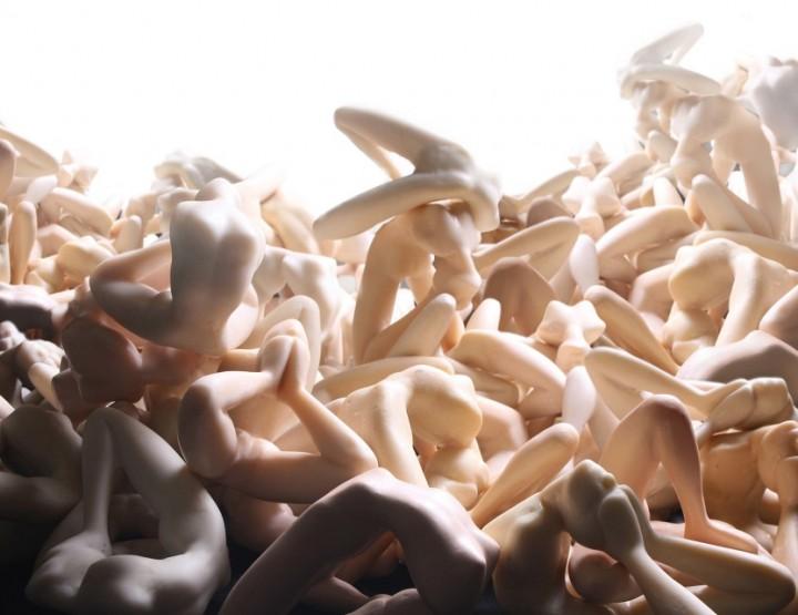 Künstler im Fokus: Monica Piloni - gemeißelte Albträume
