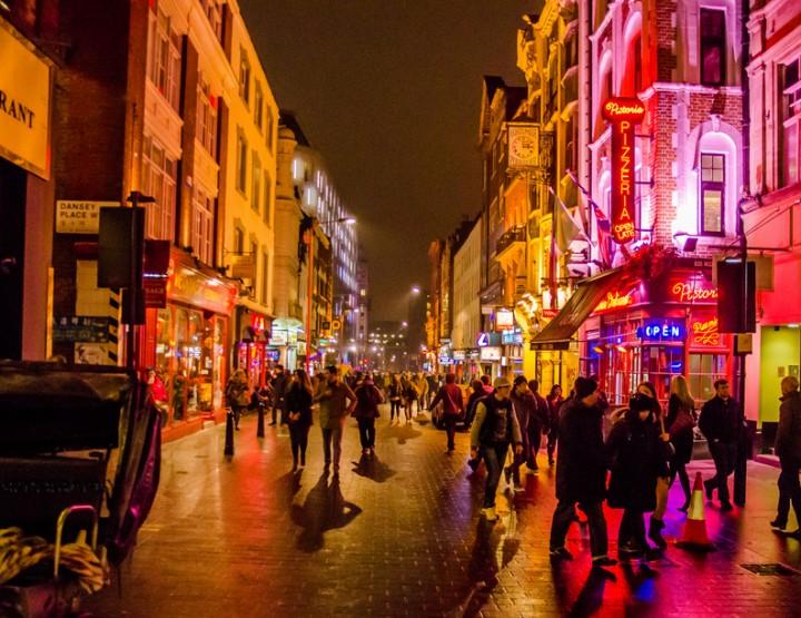 Londra faciule: Una notte casuale in Londra