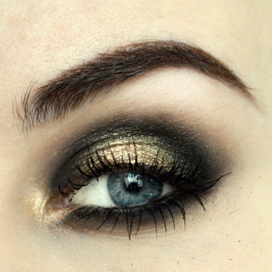 Styling and Beauty Tip Berlin | New Year's Eve Black&Gold Tutorial
