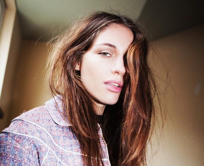SISTERHOOD - Designer 'Liselore Frowijn'