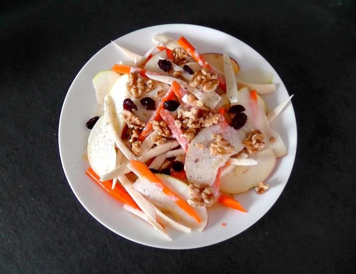 Gesunder Lebensstil - Salat der Woche: Knackige Pastinaken