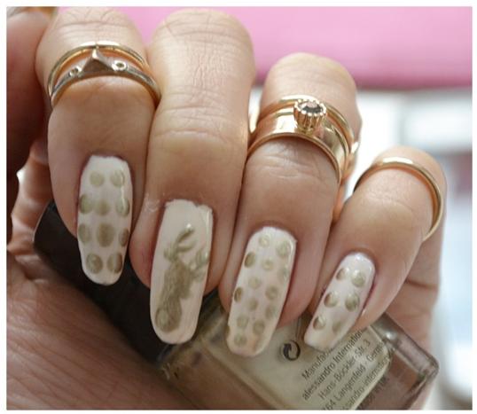 Manicure Monday | NAIL TUTORIAL Weihnachtsedition #Das goldene Rentier