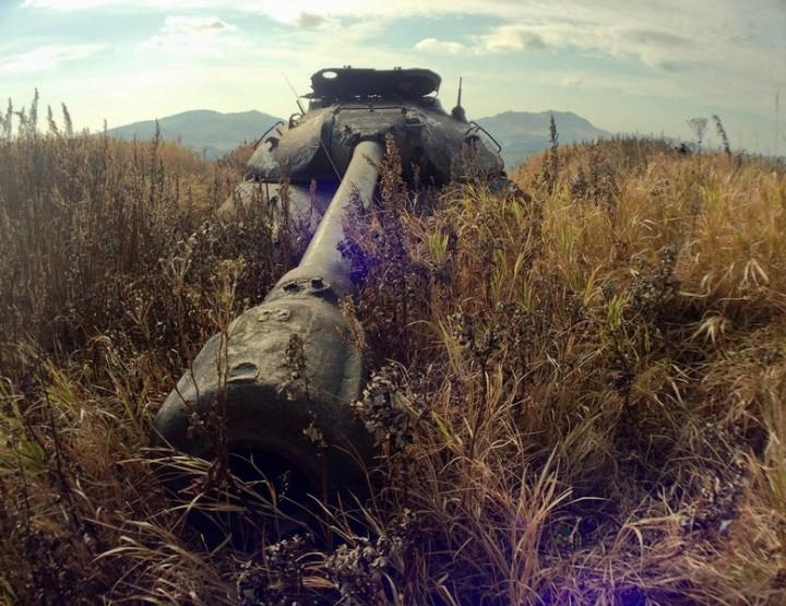 Urban Exploring Worldwide: Schikotan - Die Insel der Panzer
